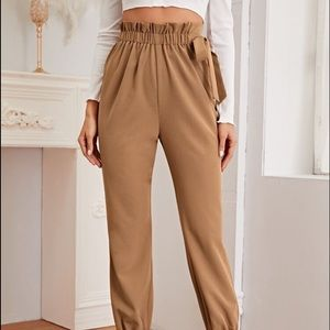 Paperbag Waist Knotted Tapered Pants